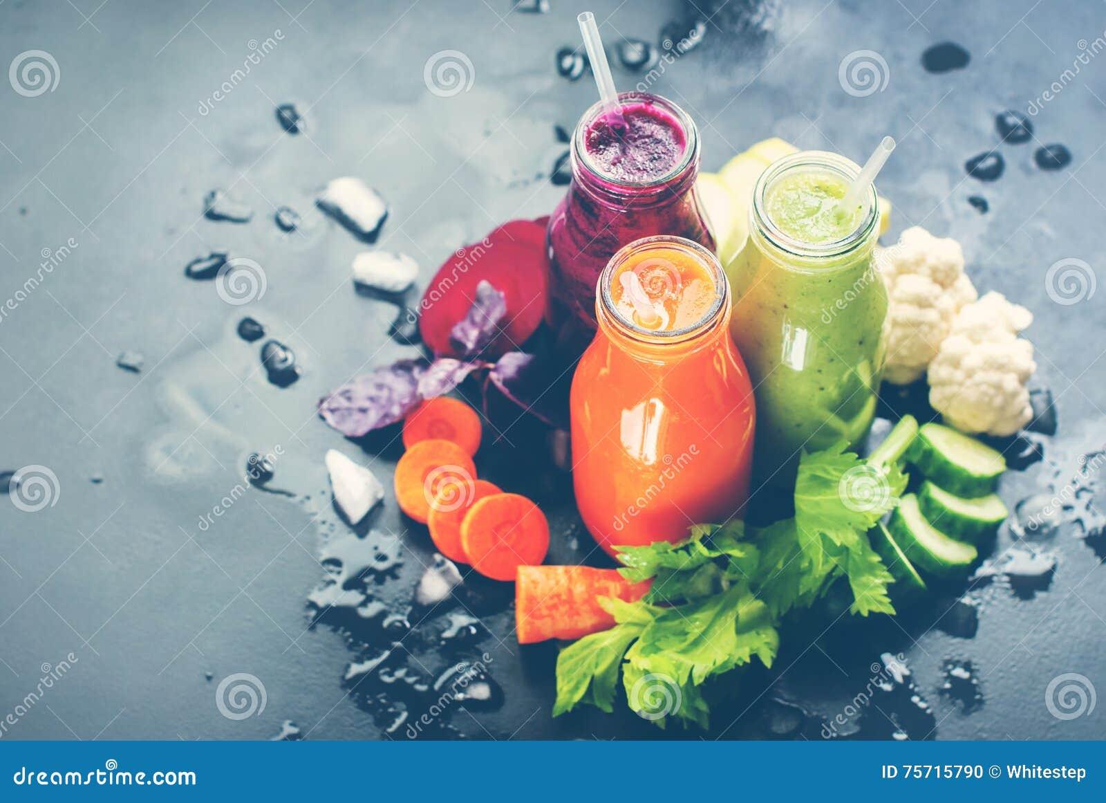 Vers Gestemd Juice Smoothie Color Vegetables Bottle