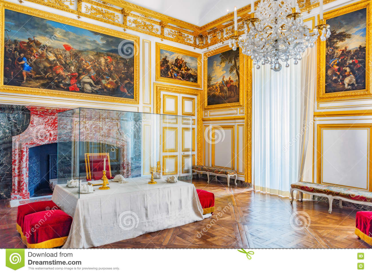Versailles france july 02 2016 royal dining salon in for Salon versailles 2016