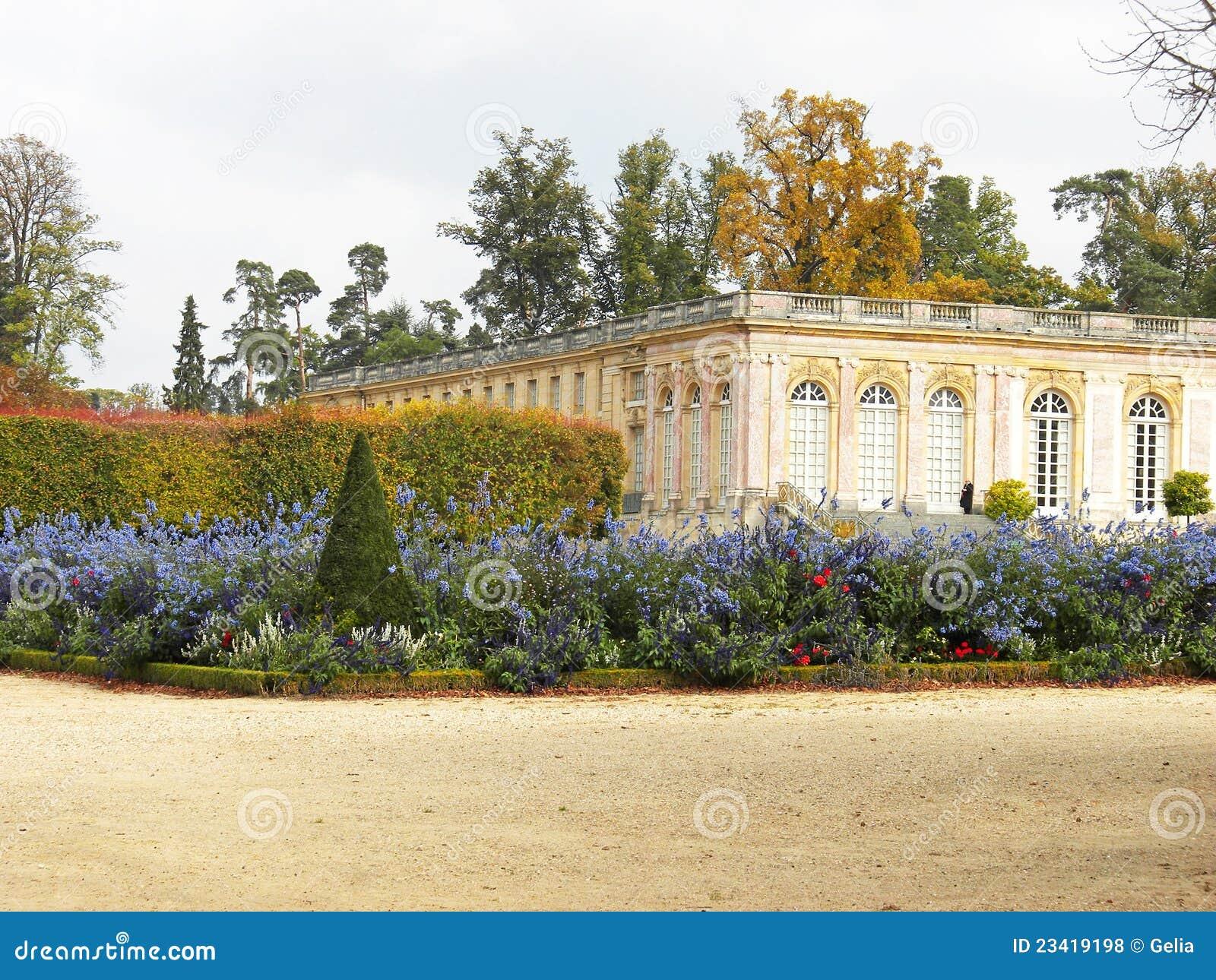 Versalles castillo franc s y jardines franceses hermosos for Jardines barrocos