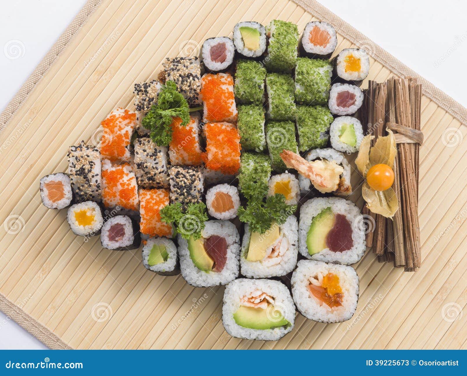 verschiedene arten von japanischen sushi stockfoto bild 39225673. Black Bedroom Furniture Sets. Home Design Ideas