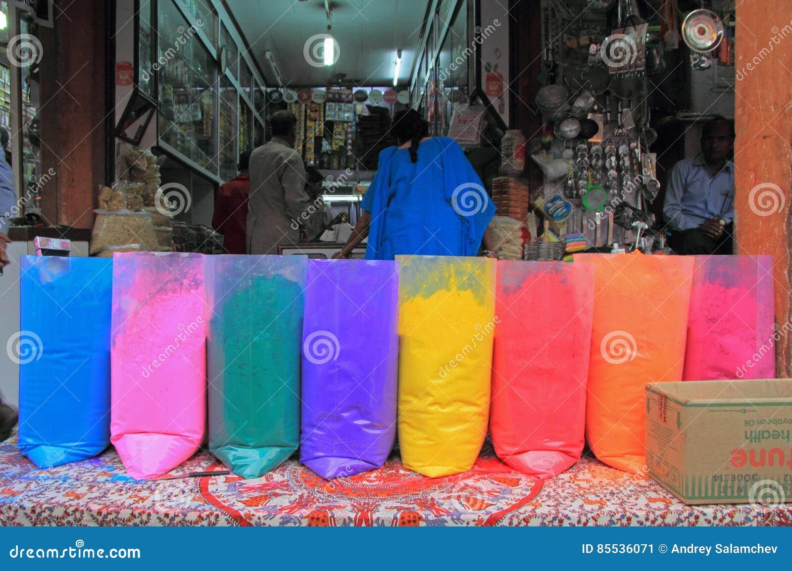 Verschiedene Farben Für Verkauf In Indien Redaktionelles Foto - Bild ...