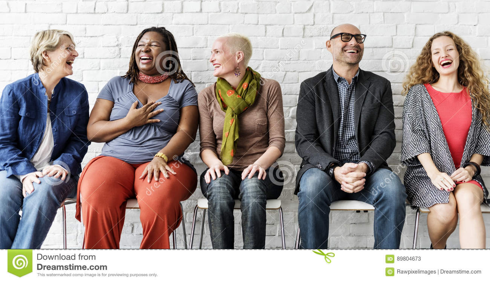 Verschiedene Gruppe von Personenen-Gemeinschaftszusammengehörigkeits-sitzendes Konzept