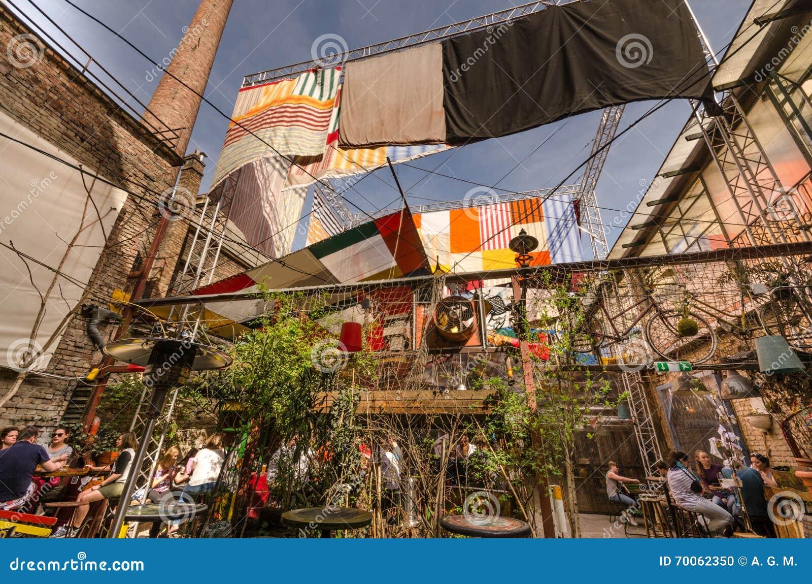 Verschillende dranken - de Ruïnebars van Boedapest
