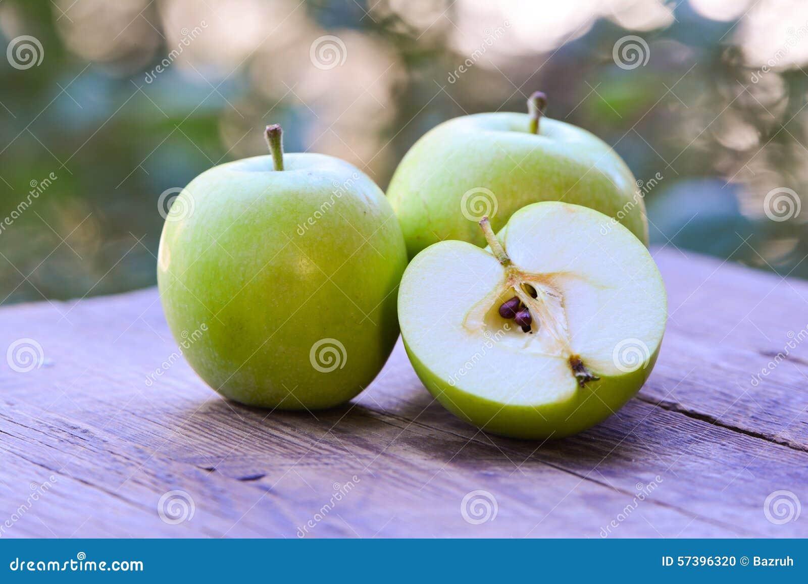 Verse groene appelen