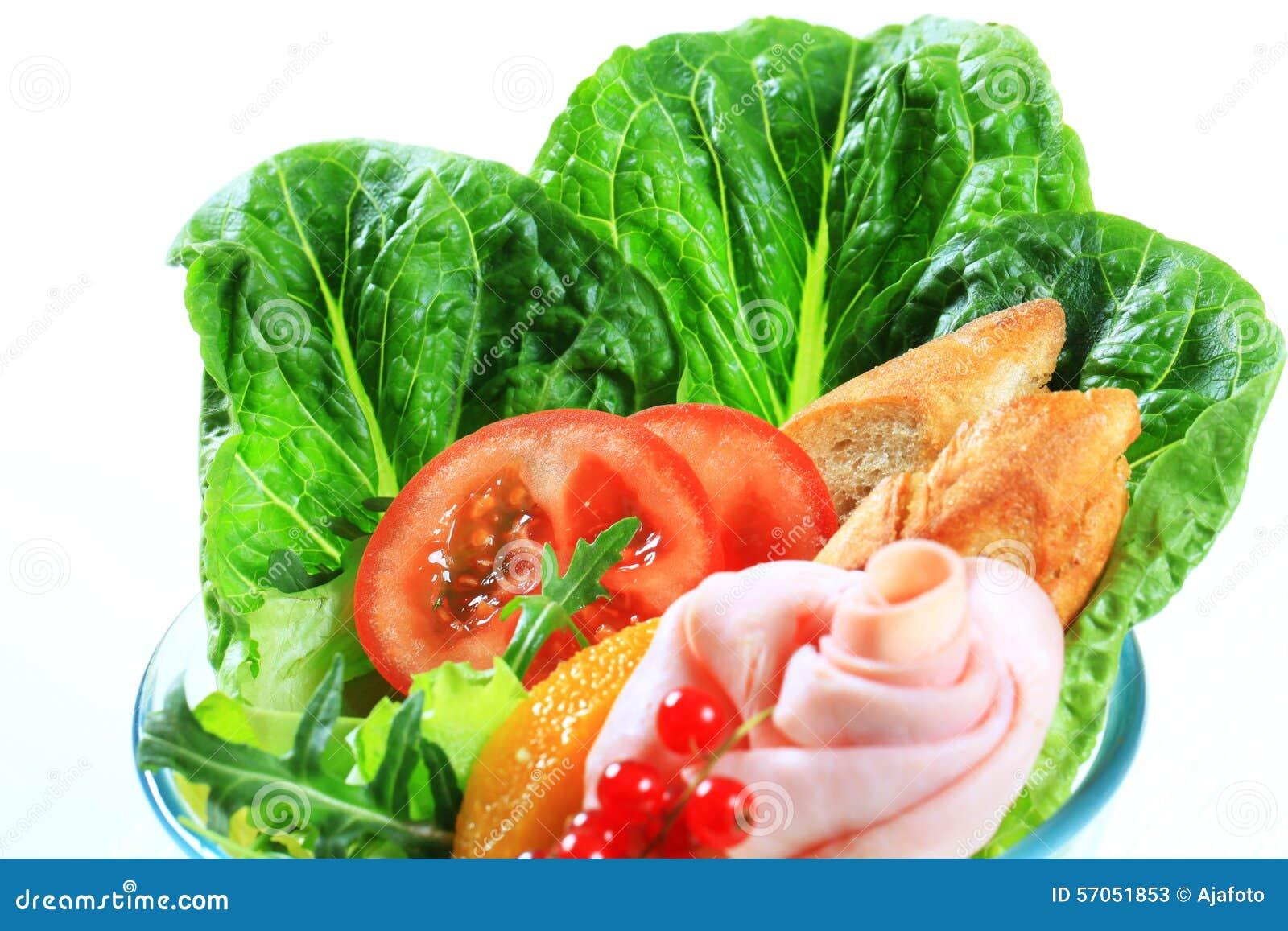 Verse groentesalade met ham