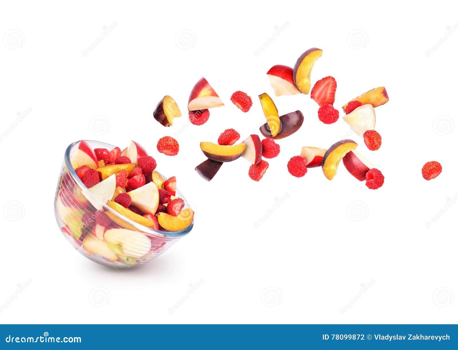 Verse vruchten die uit uit een kom komen