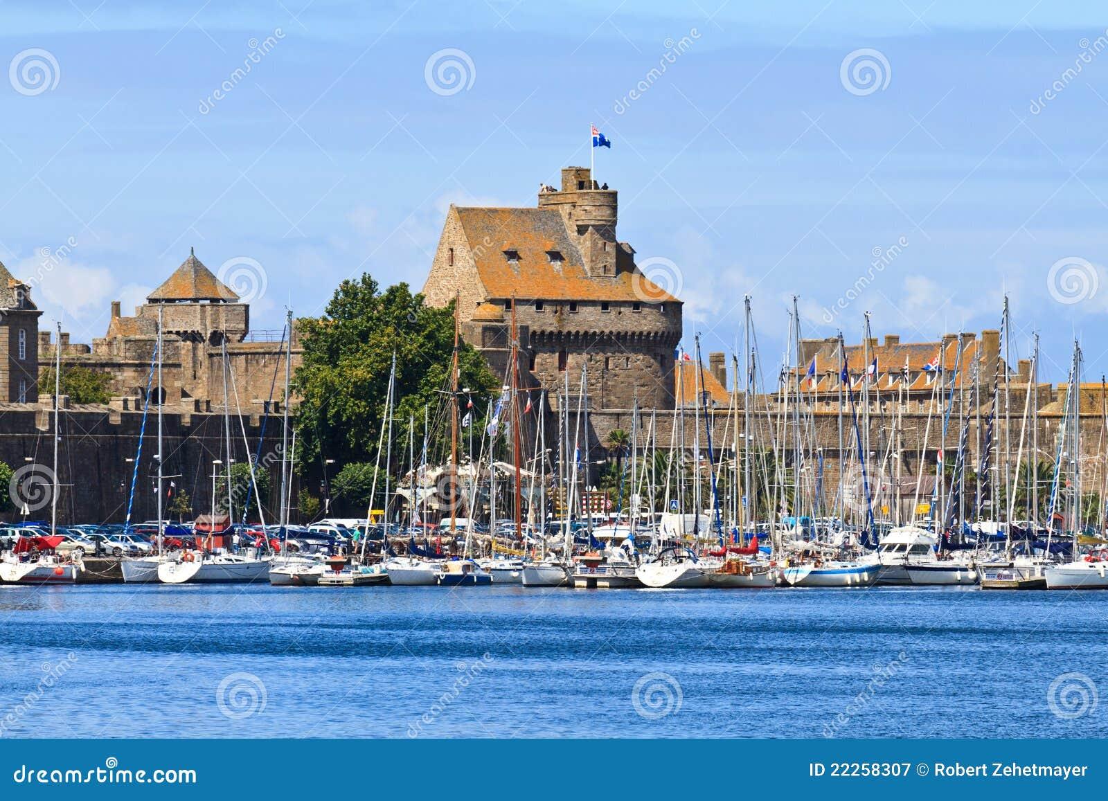 Verstärkungen und Hafen Str.-Malo