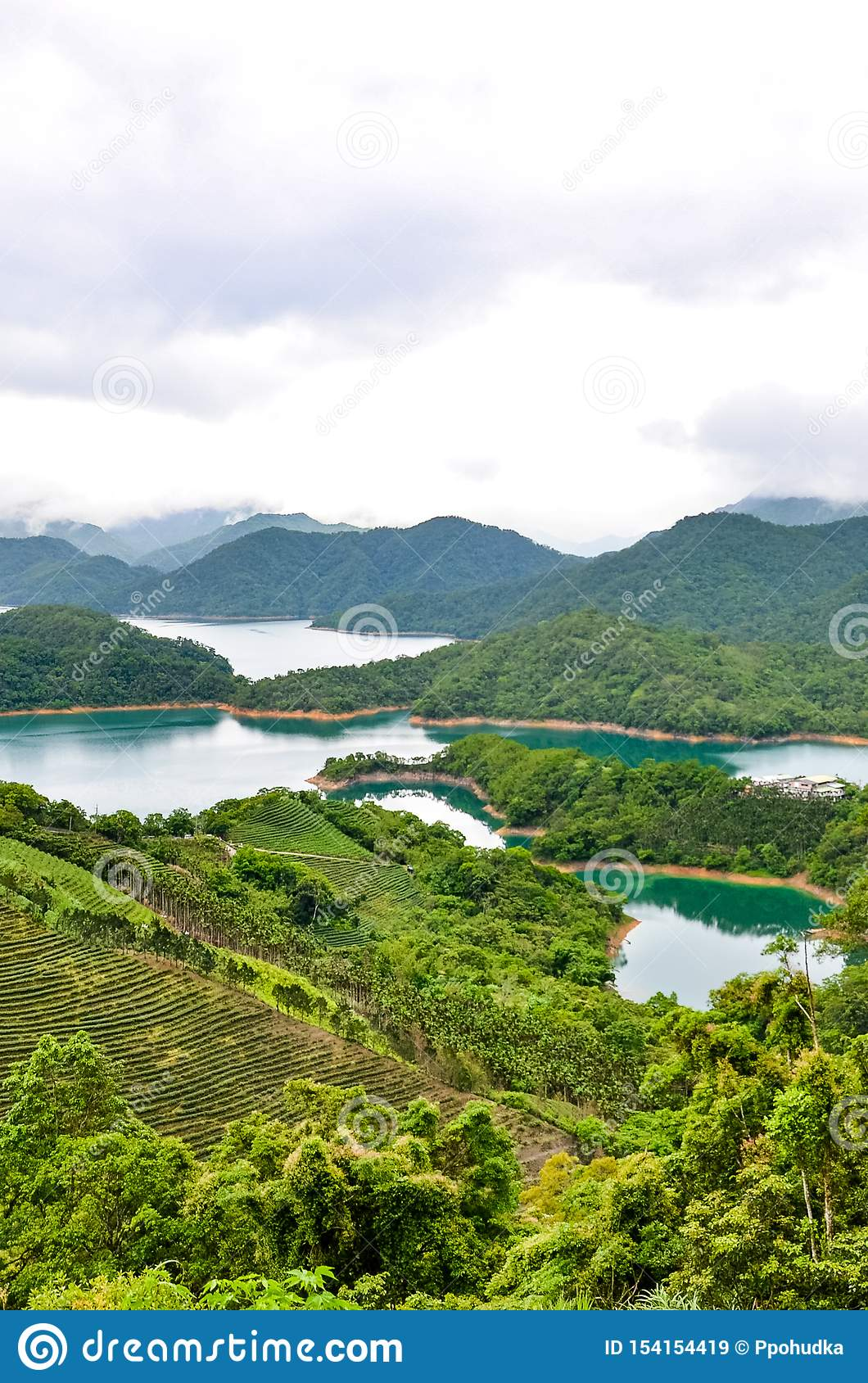 Vertical Picture Of Stunning Taiwanese Landscape By ...