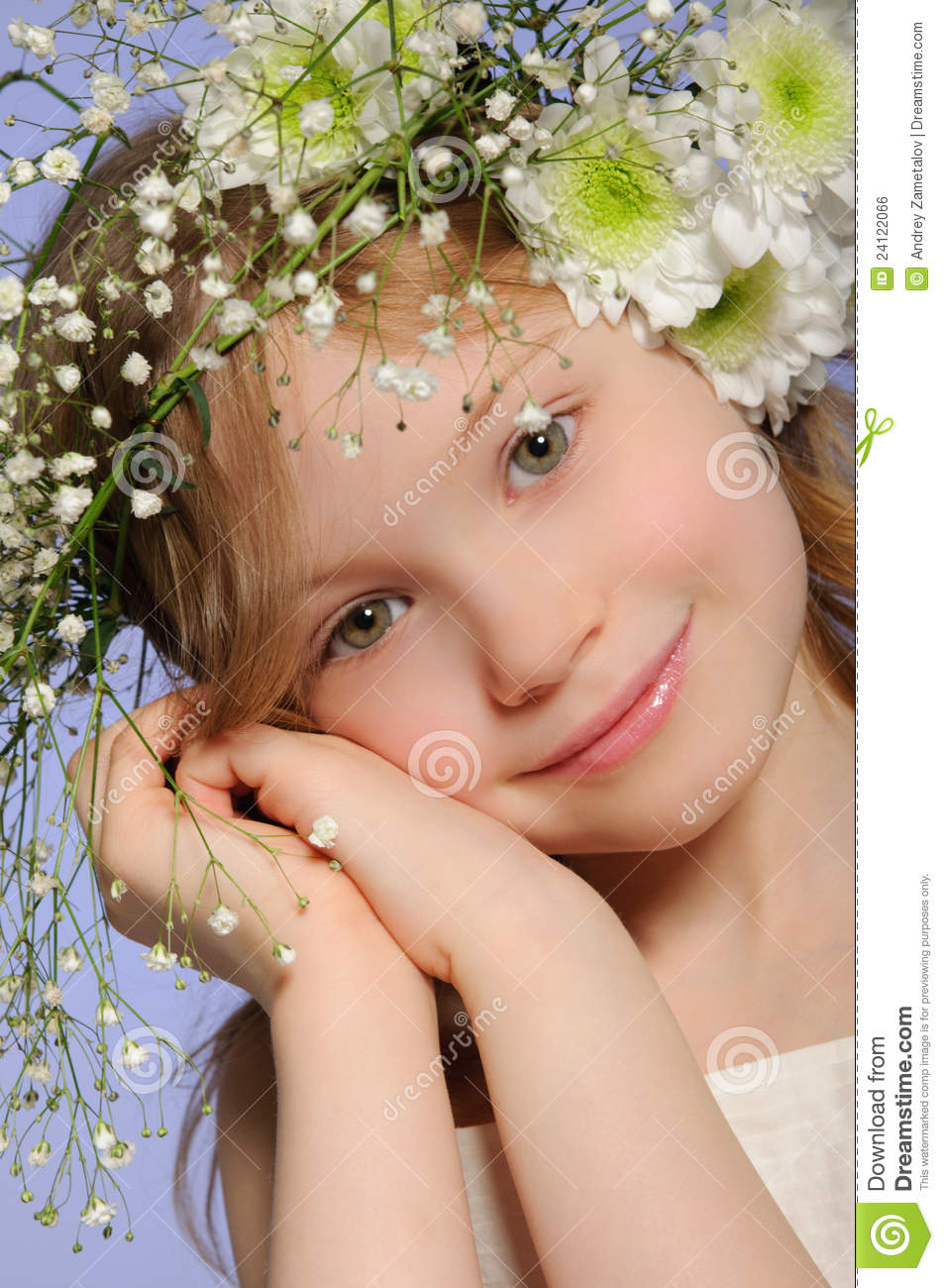 Vertical Portrait Of Pretty 14 Year Old Girl Stock Image: Vertical Portrait Of Pretty 14 Year Old Girl Royalty-Free