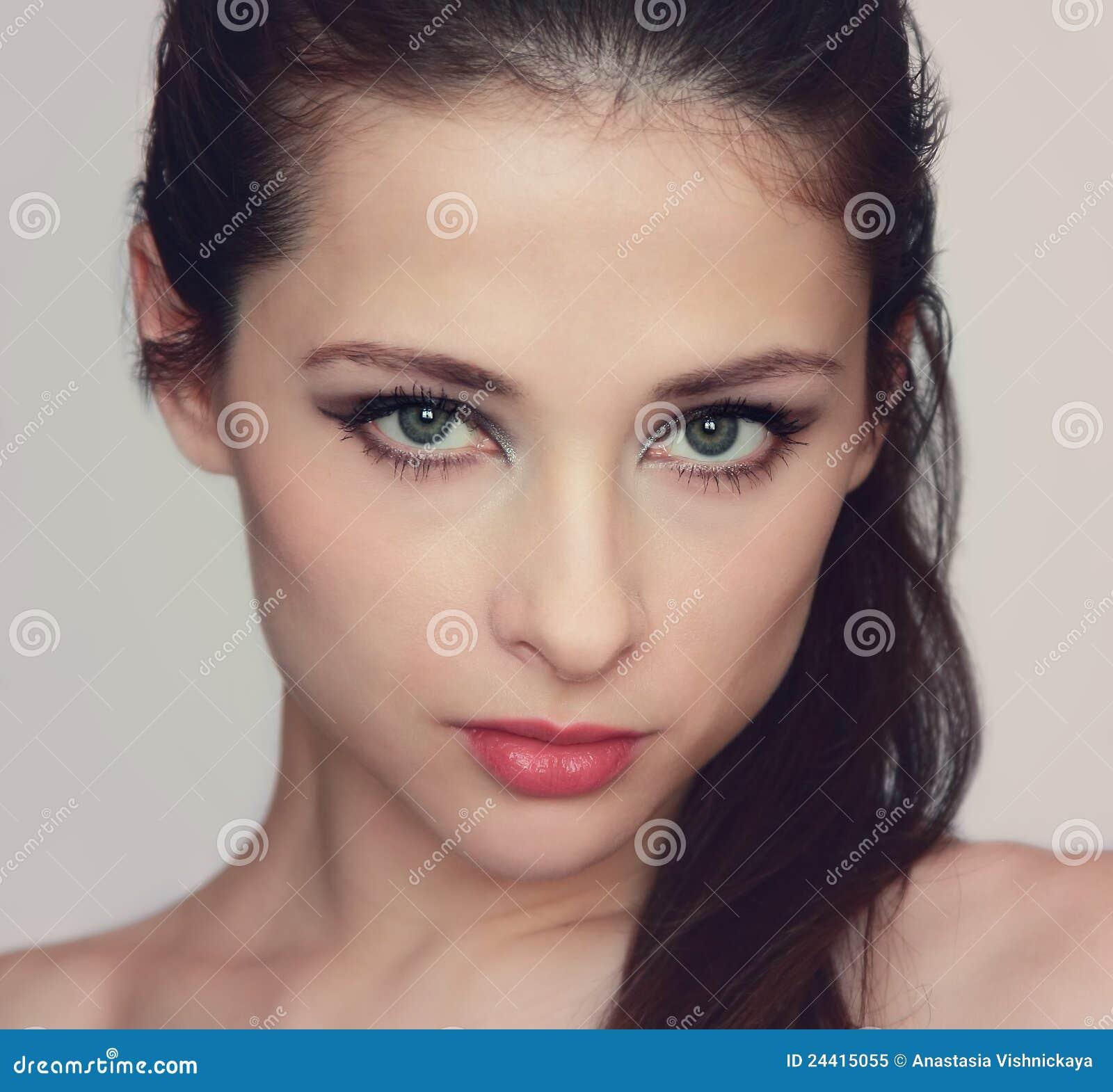 Verticale de charme de femme sexy