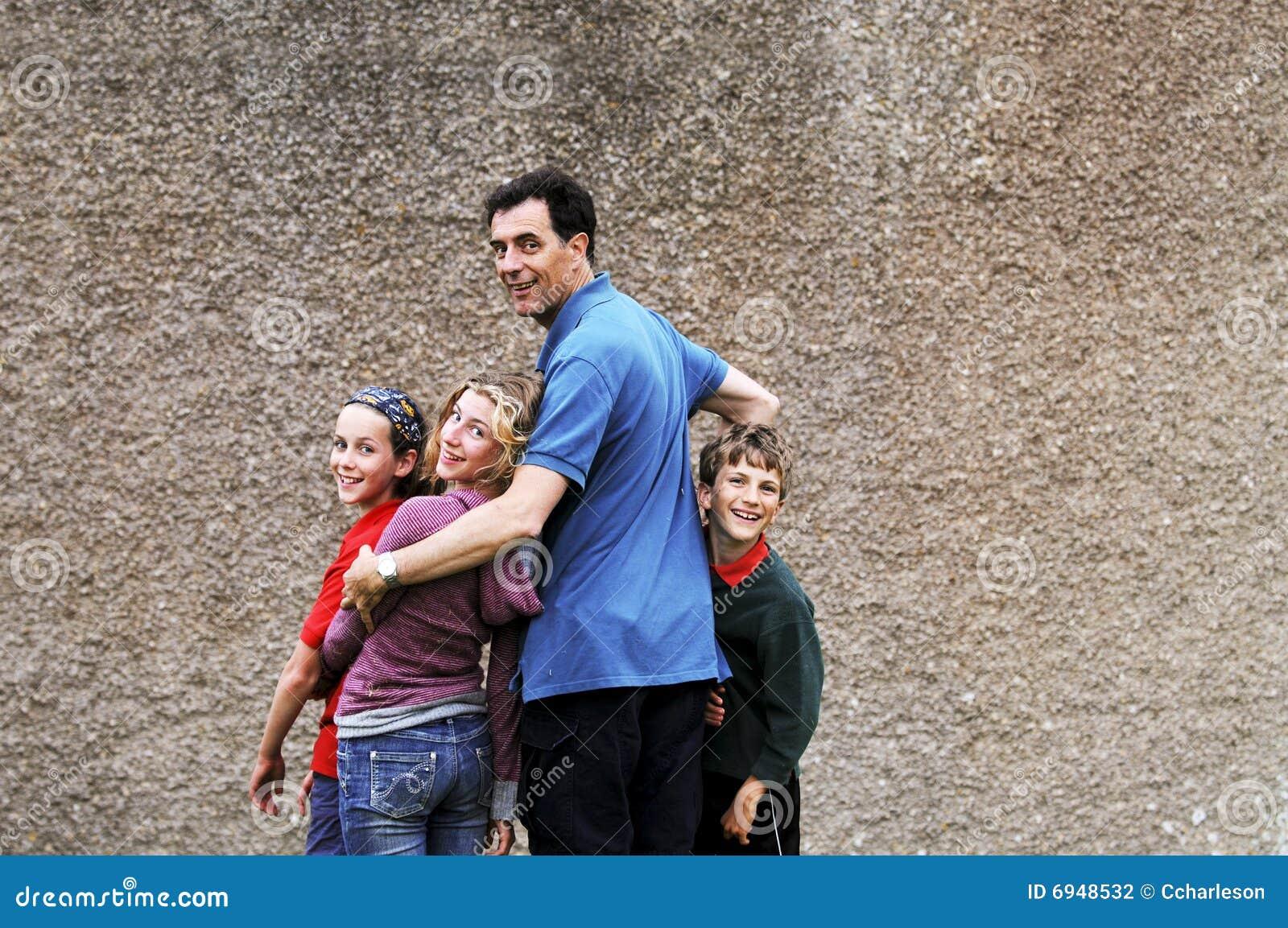 Verticale de père et d enfants
