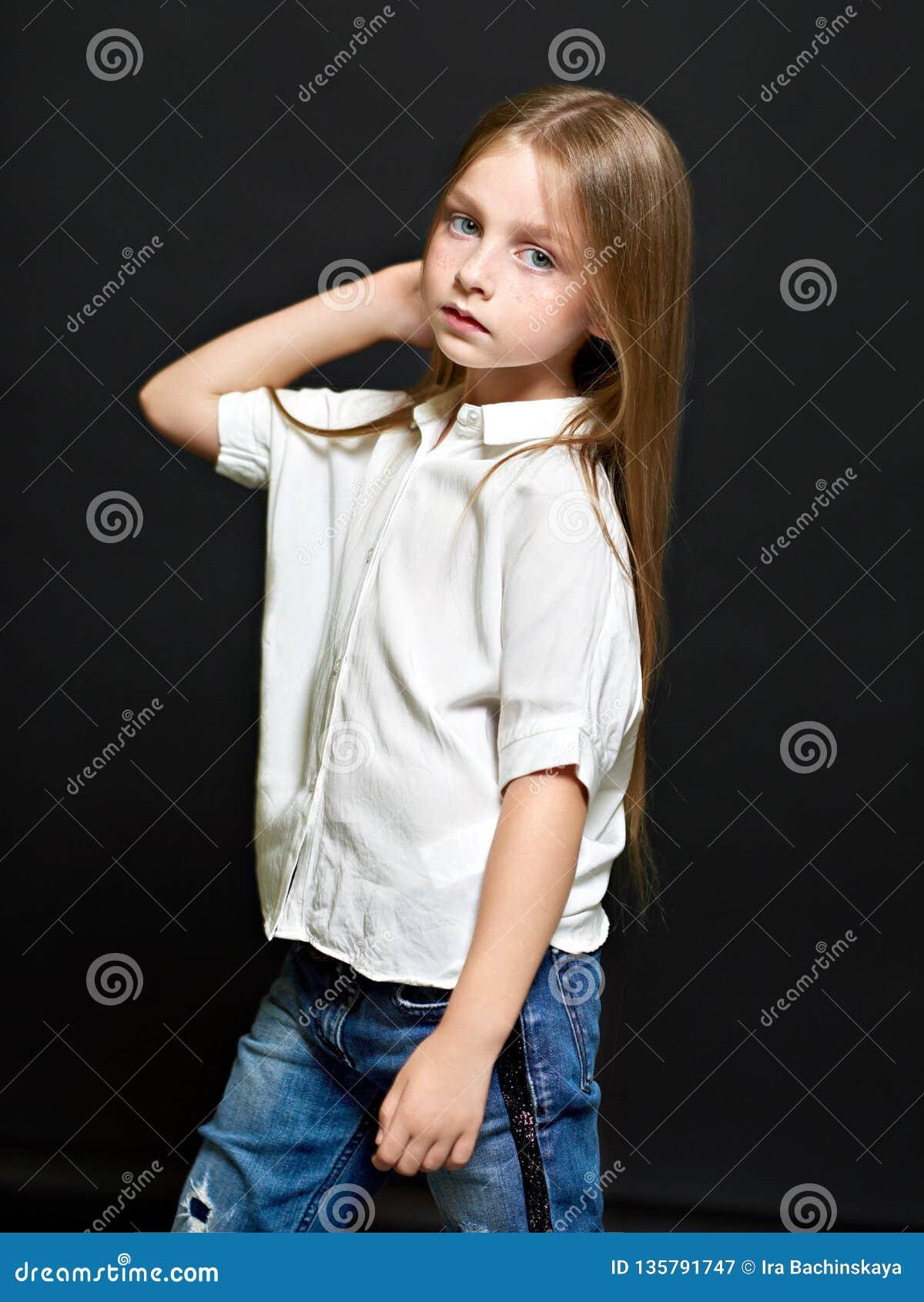 Verticale du bel enfant