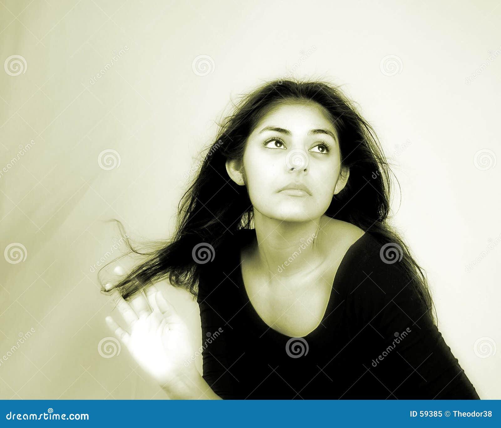 Download Verticale femelle image stock. Image du attrayant, élégant - 59385
