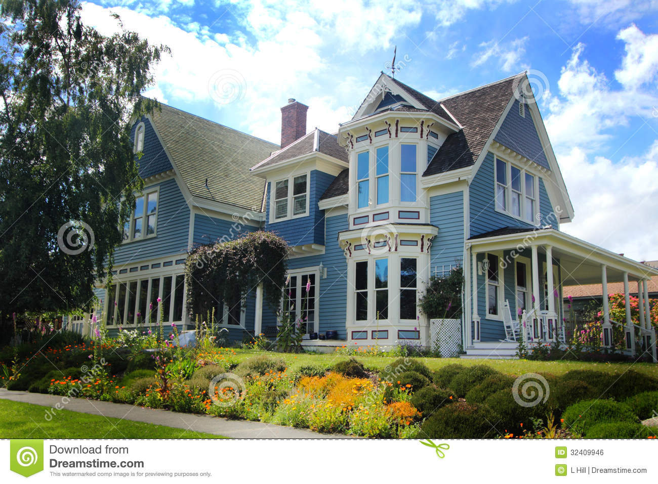 Very nice older home royalty free stock image image for Very pretty houses