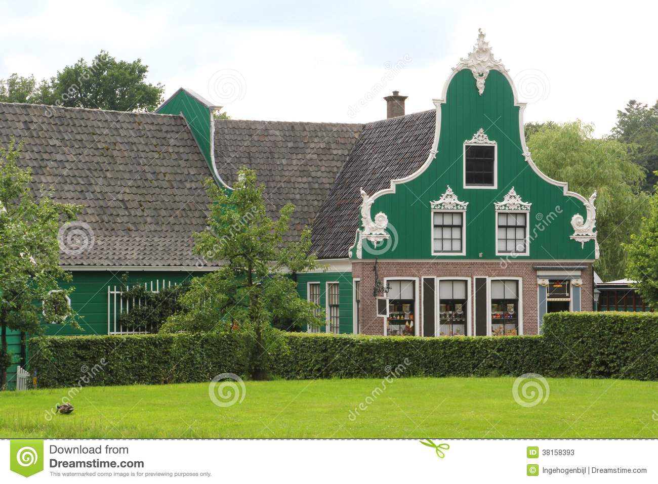 Ancient dutch house zaanse schans netherlands stock for Dutch house
