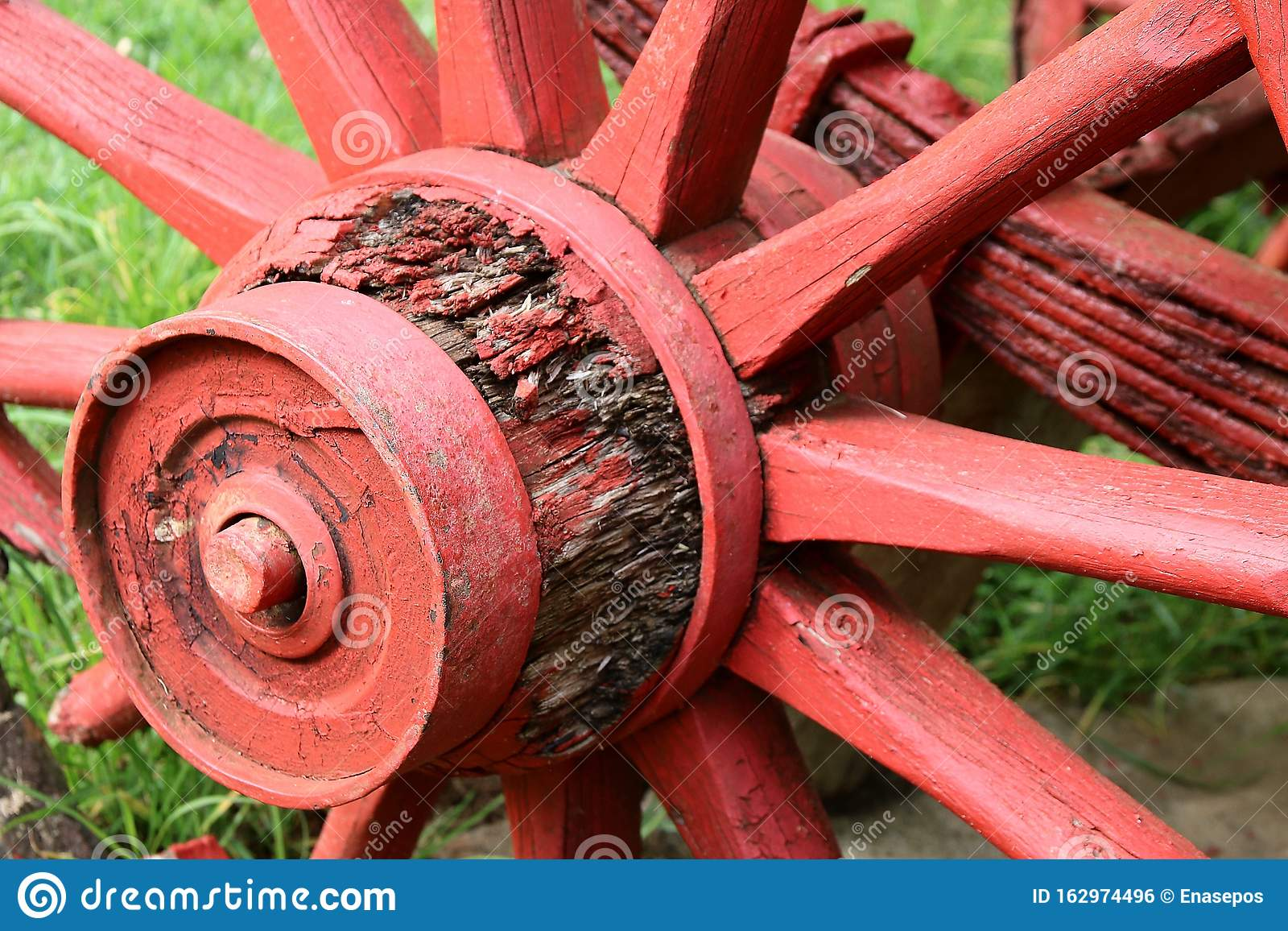 205 Old Painted Wagon Wheel Photos Free Royalty Free Stock Photos From Dreamstime