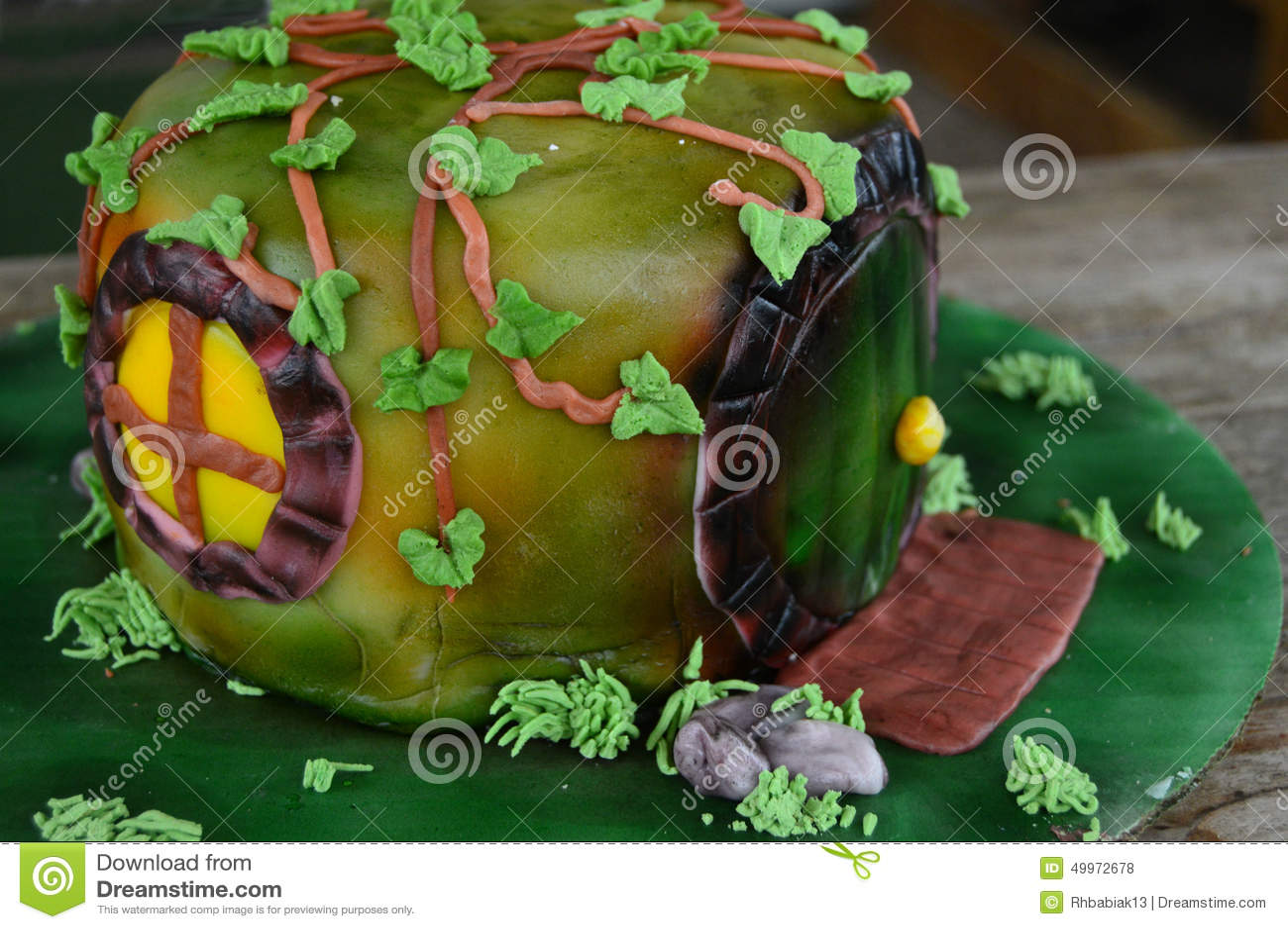 Verzierter Kuchen Hobbit Loch