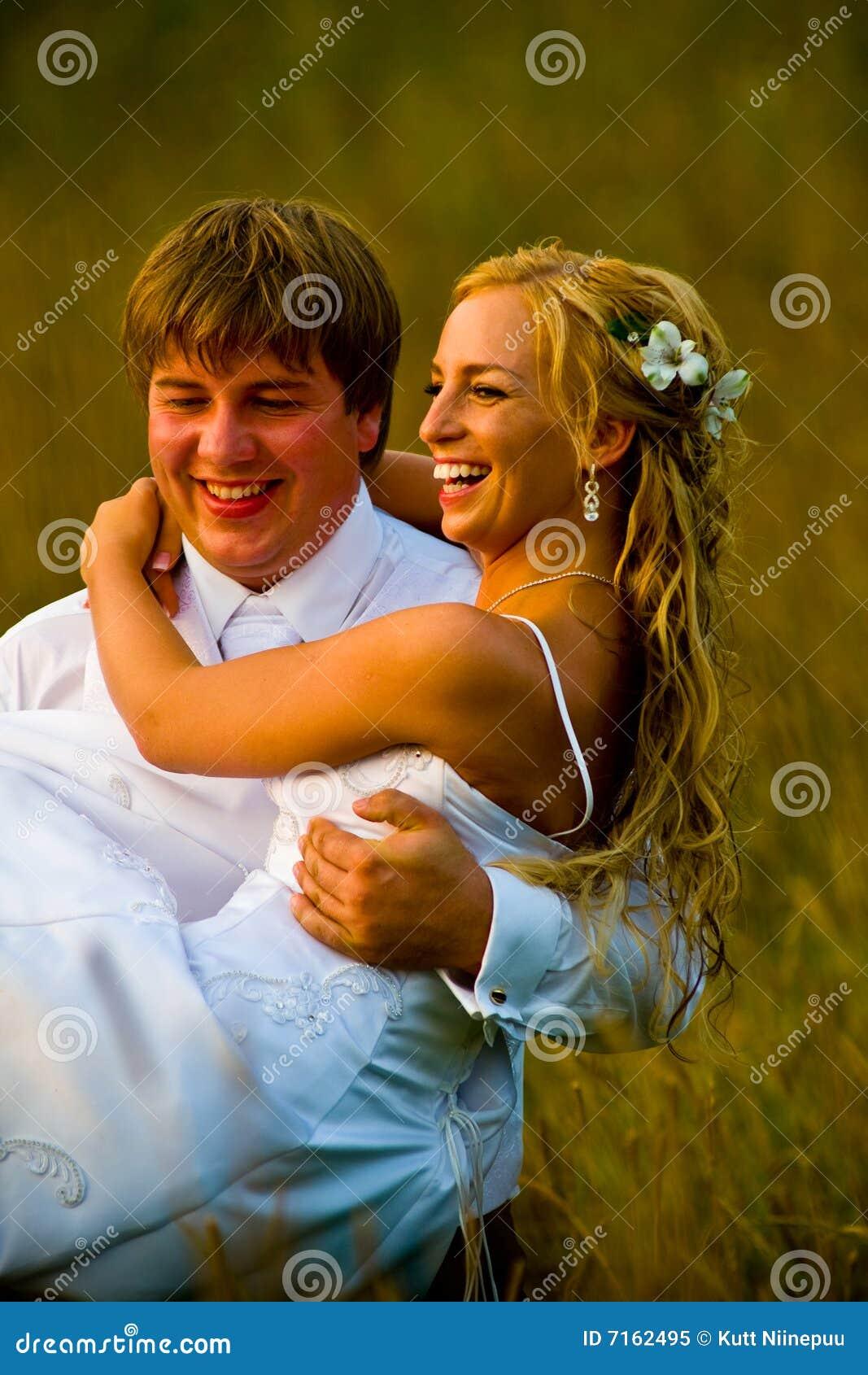 Verzorg dragende bruid op gebied