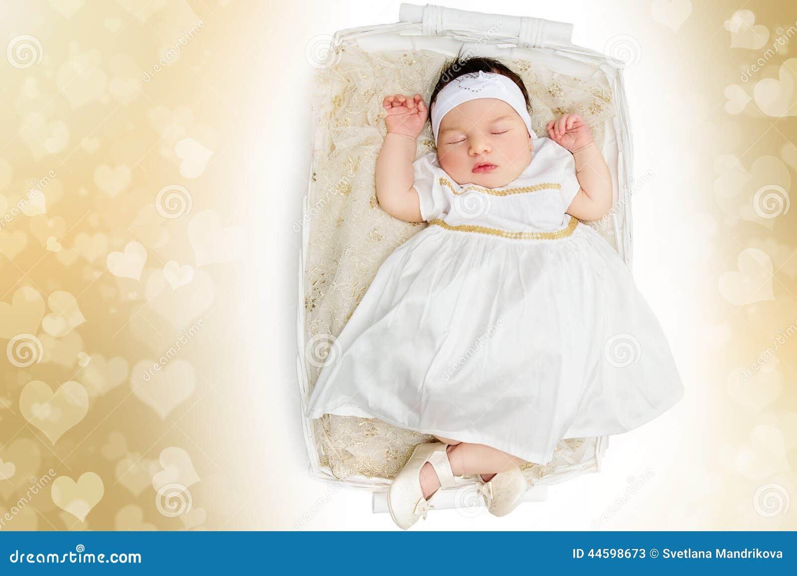variedad de estilos de 2019 niño Garantía de calidad 100% Vestido Blanco Que Lleva Del Bebé Recién Nacido El Dormir ...
