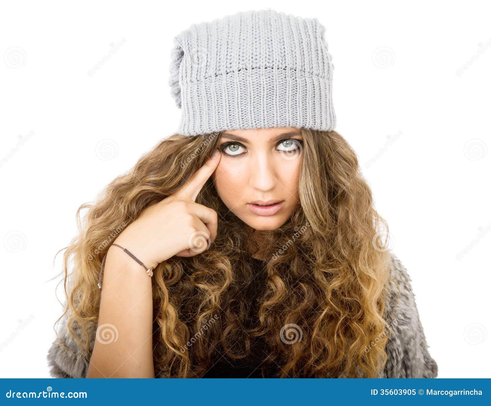 Vestido do inverno para uma menina inteligente
