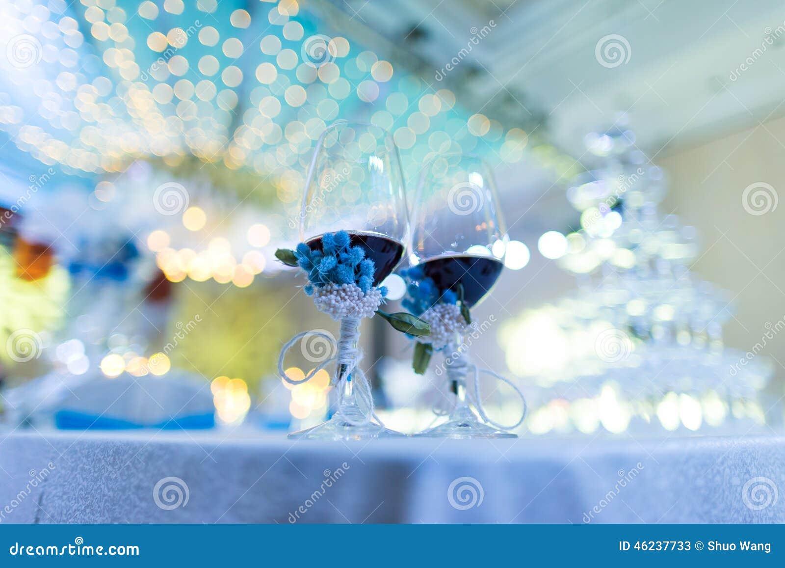 Vetri del champagne di nozze