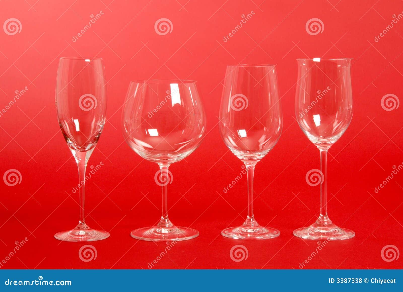 Vetri di vino di cristallo