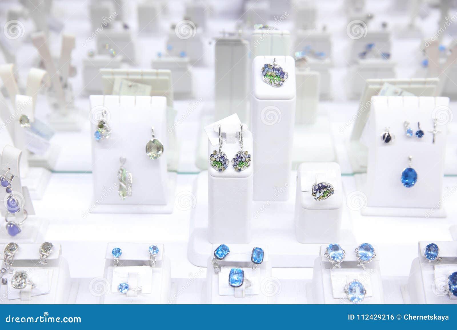 Vetrina con gioielli