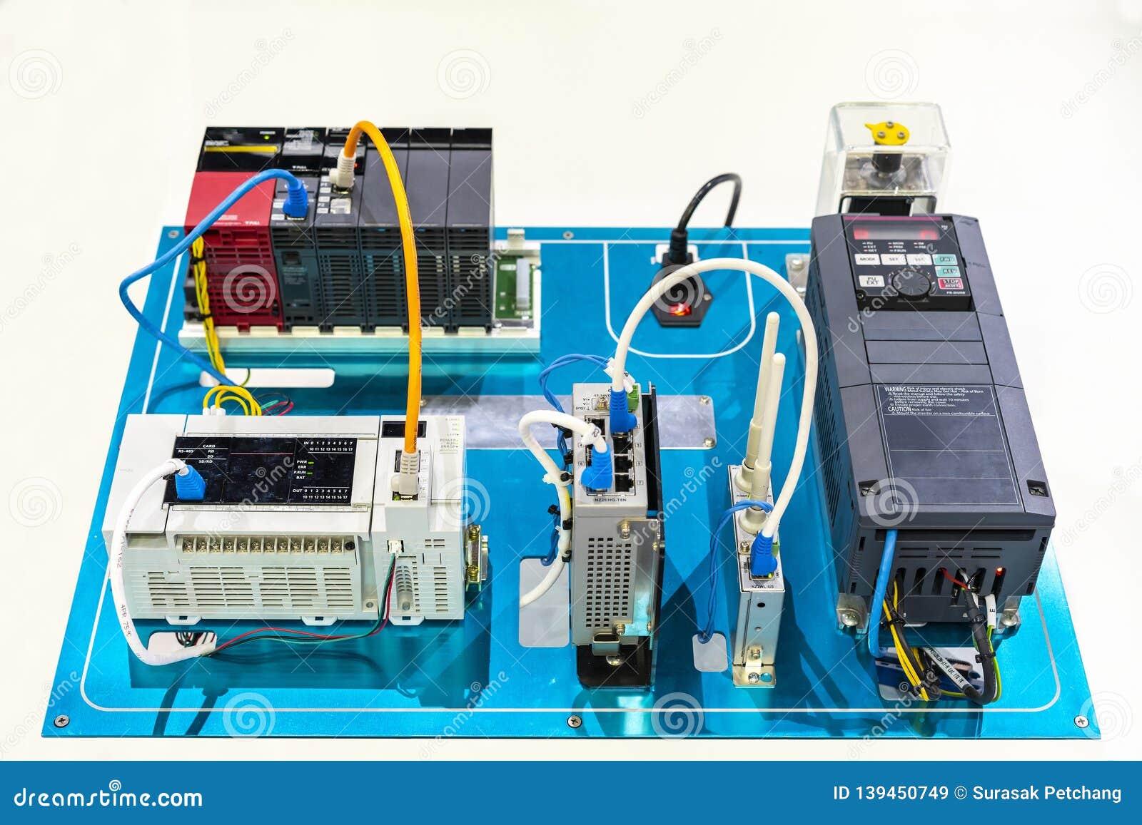 Vettore-vfd corrente elettrico dell invertitore automatico collegarsi con il plc del regolatore di logica del programma & il mode