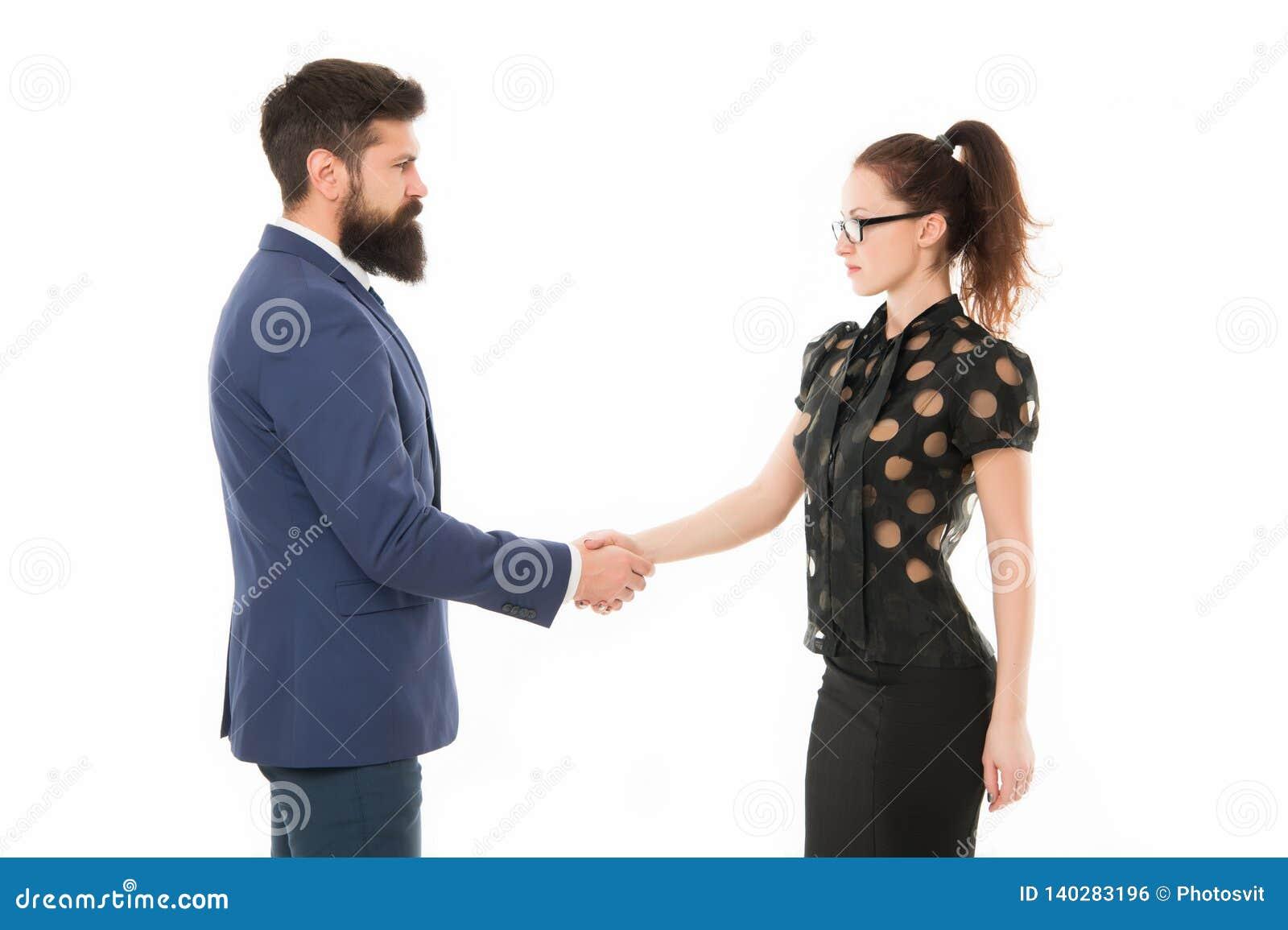 Vi har ett avtal Partnerskap i affär händer man att uppröra kvinnan Skäggig man och sexig kvinna bakgrundsaffärspar som isoleras