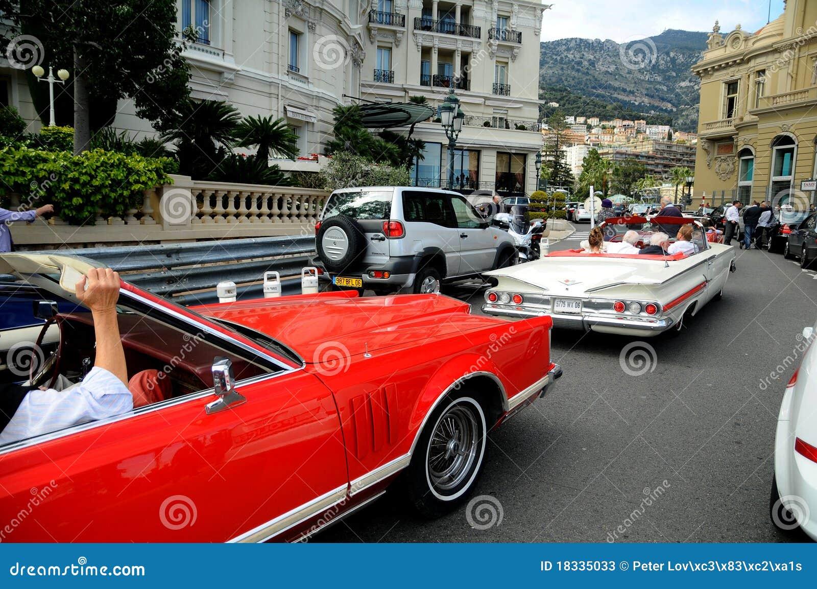 Via di Monte Carlo - limousine dell automobile del veterano