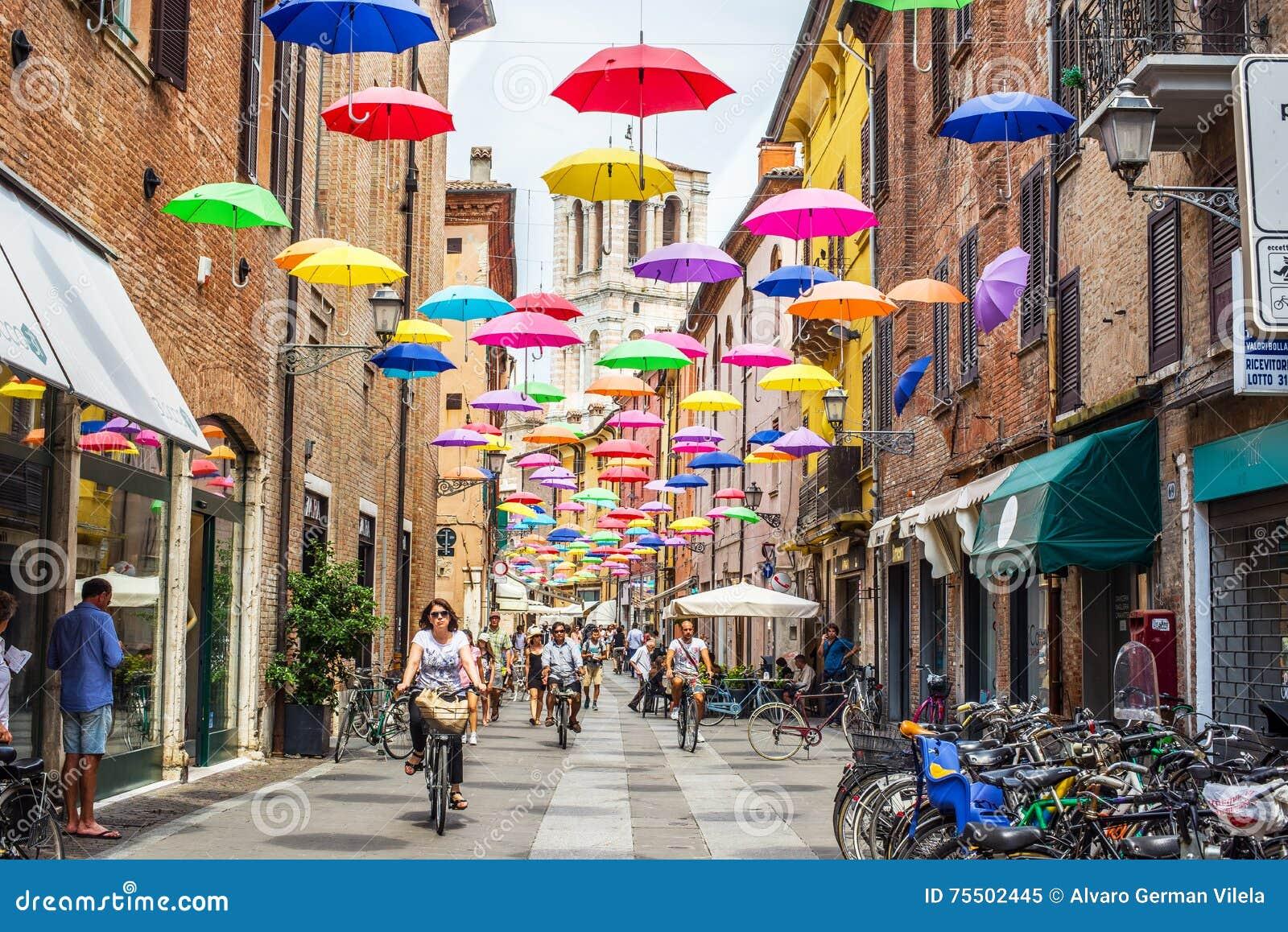 Via Giuseppe Mazzini van Ferrara Emilia-Romagna Italië