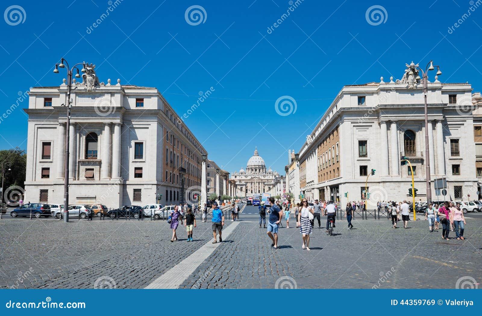 Via il della Conciliazione a Roma Italia Scena urbana con via il della Conciliazione ed il san Peter Cathedral
