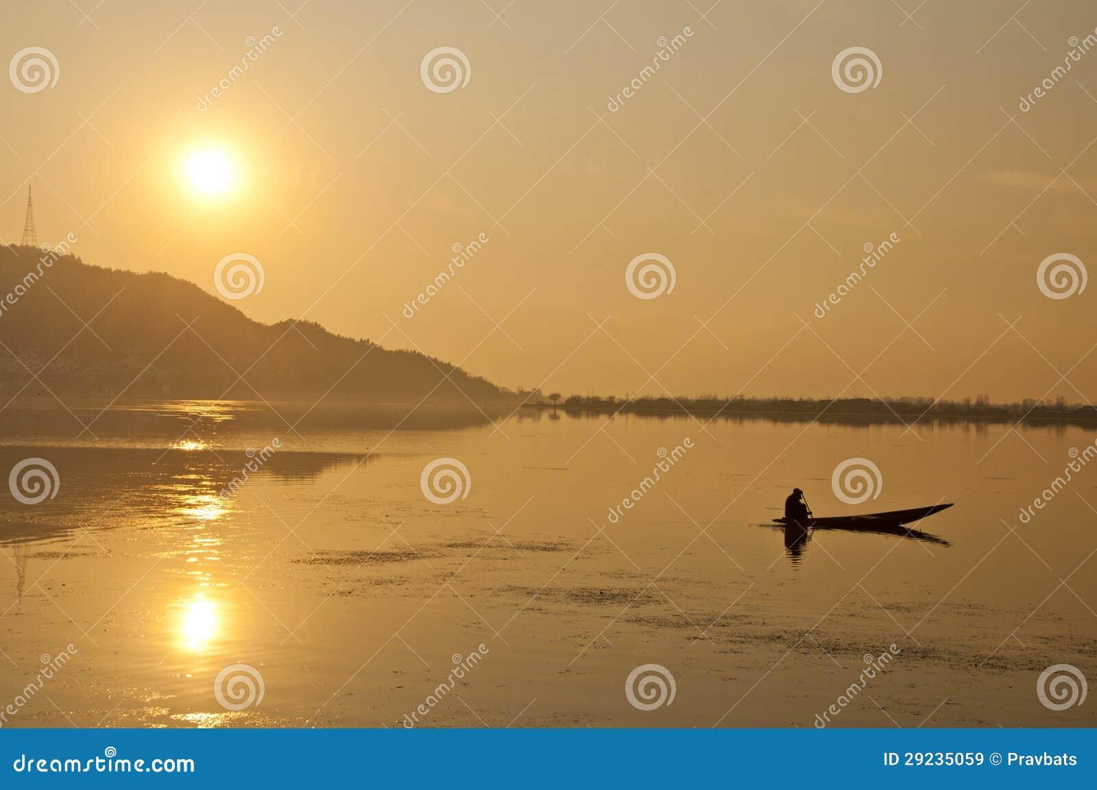 Download A viagem imagem de stock. Imagem de barco, água, reflexão - 29235059