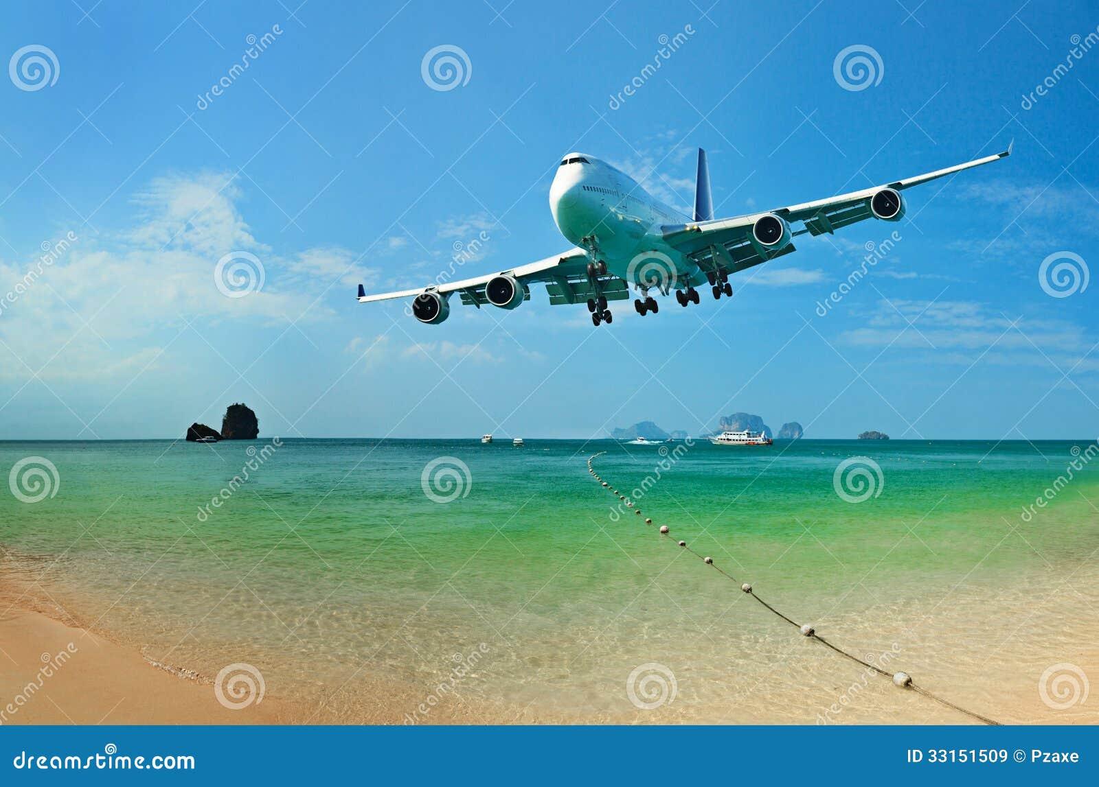 Viagem aos países tropicais pelo avião