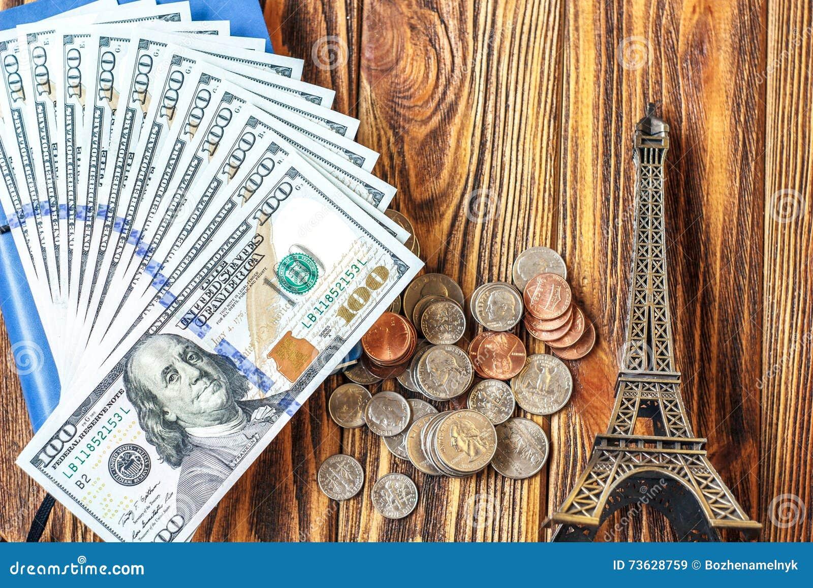 Viaggia il concetto a Parigi, Francia con il ricordo della torre Eiffel Turismo, vacanze estive di progettazione, viaggio del bil