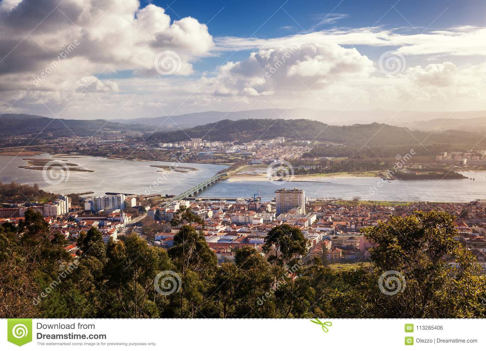 Viana Do Castelo, widok miasto od wzrosta, piękny miasto