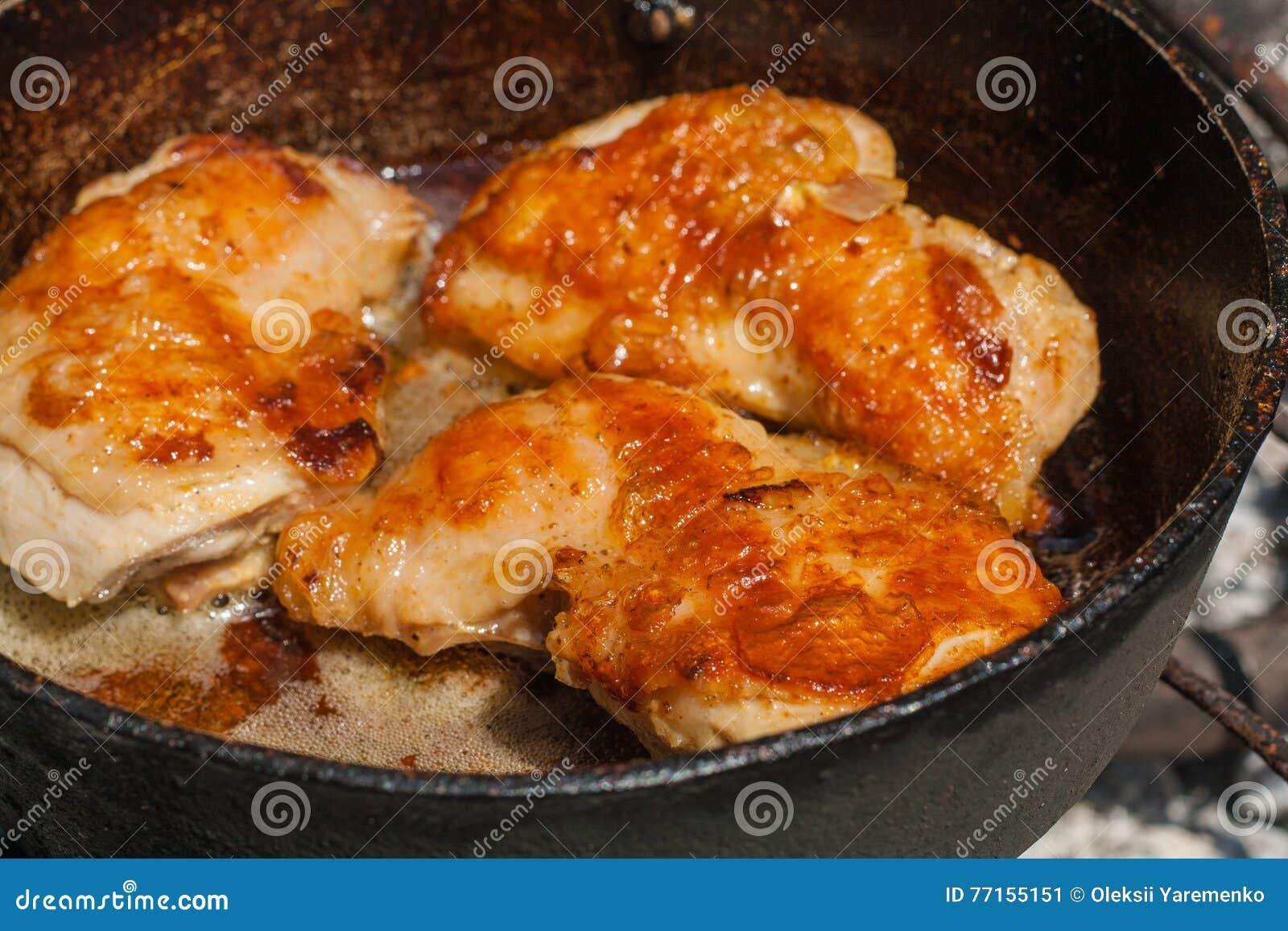 Viande frite savoureuse Viande légère de poulet