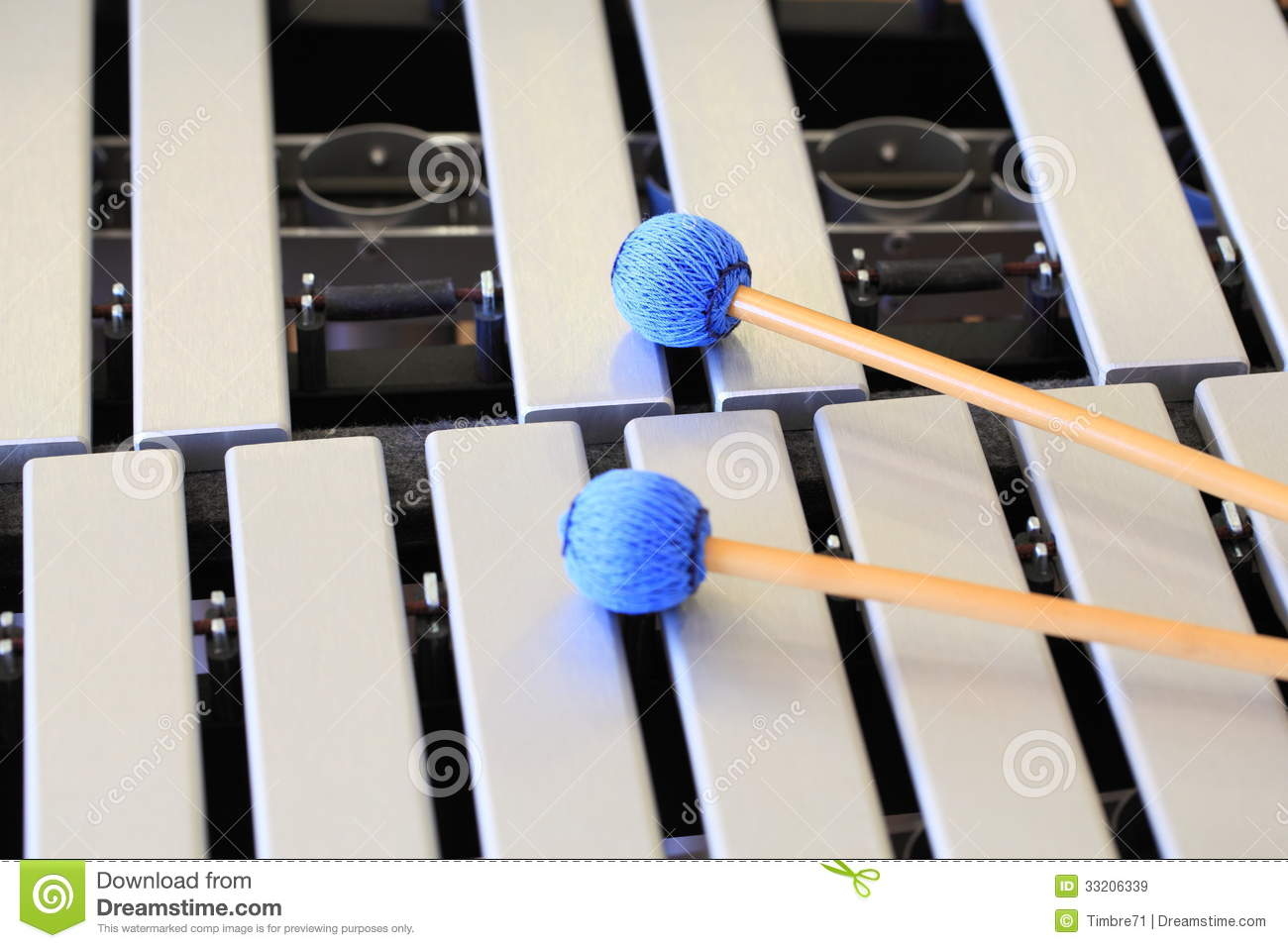 the concept of marimba mallets New concept of multitone mallets great versatility, heavier, powerful and with more projection of the sound this series increases your choose of sound, only depending on your control of attack.
