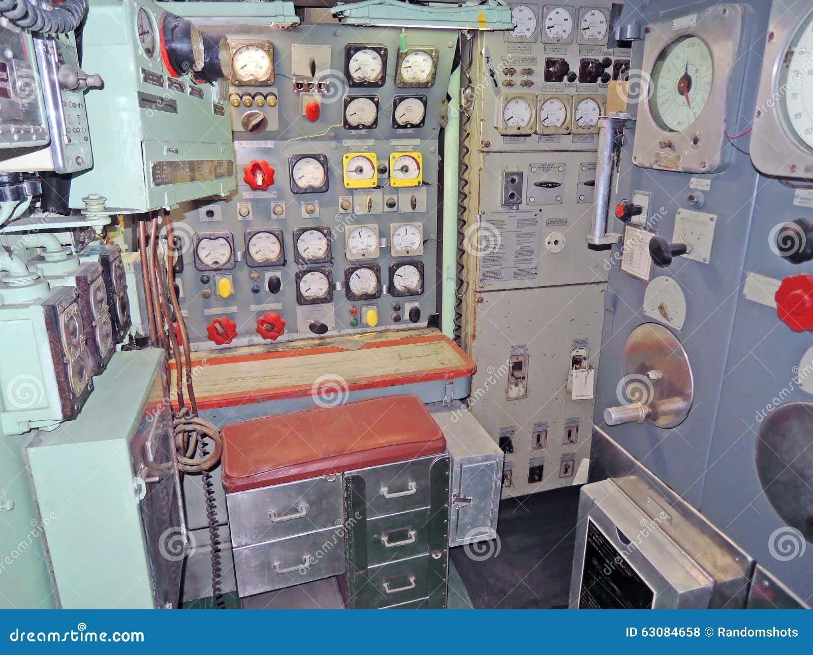 Download Vibreur D'USS : Station De Commande De Moteur électrique Photo stock - Image du marine, générateur: 63084658