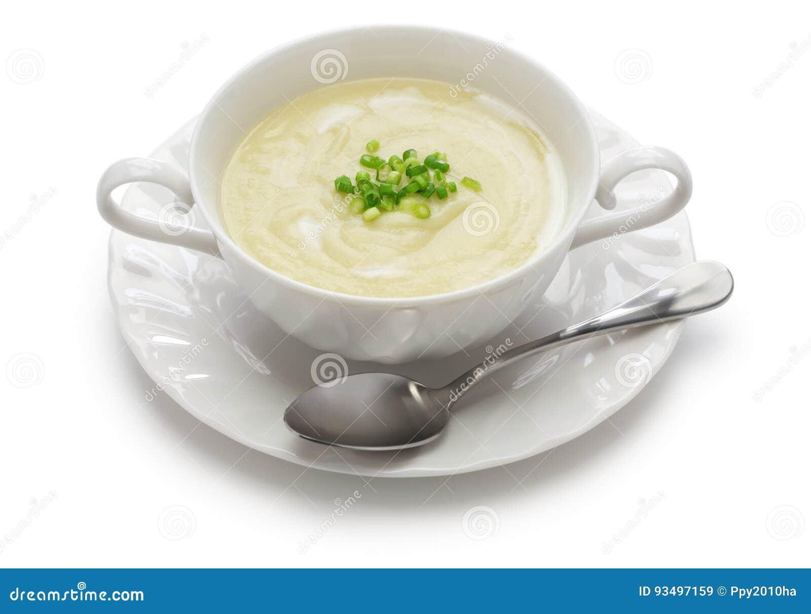 Kalte Sommerküche : Vichyssoise kalte kartoffelsuppe stockbild bild von bestandteil