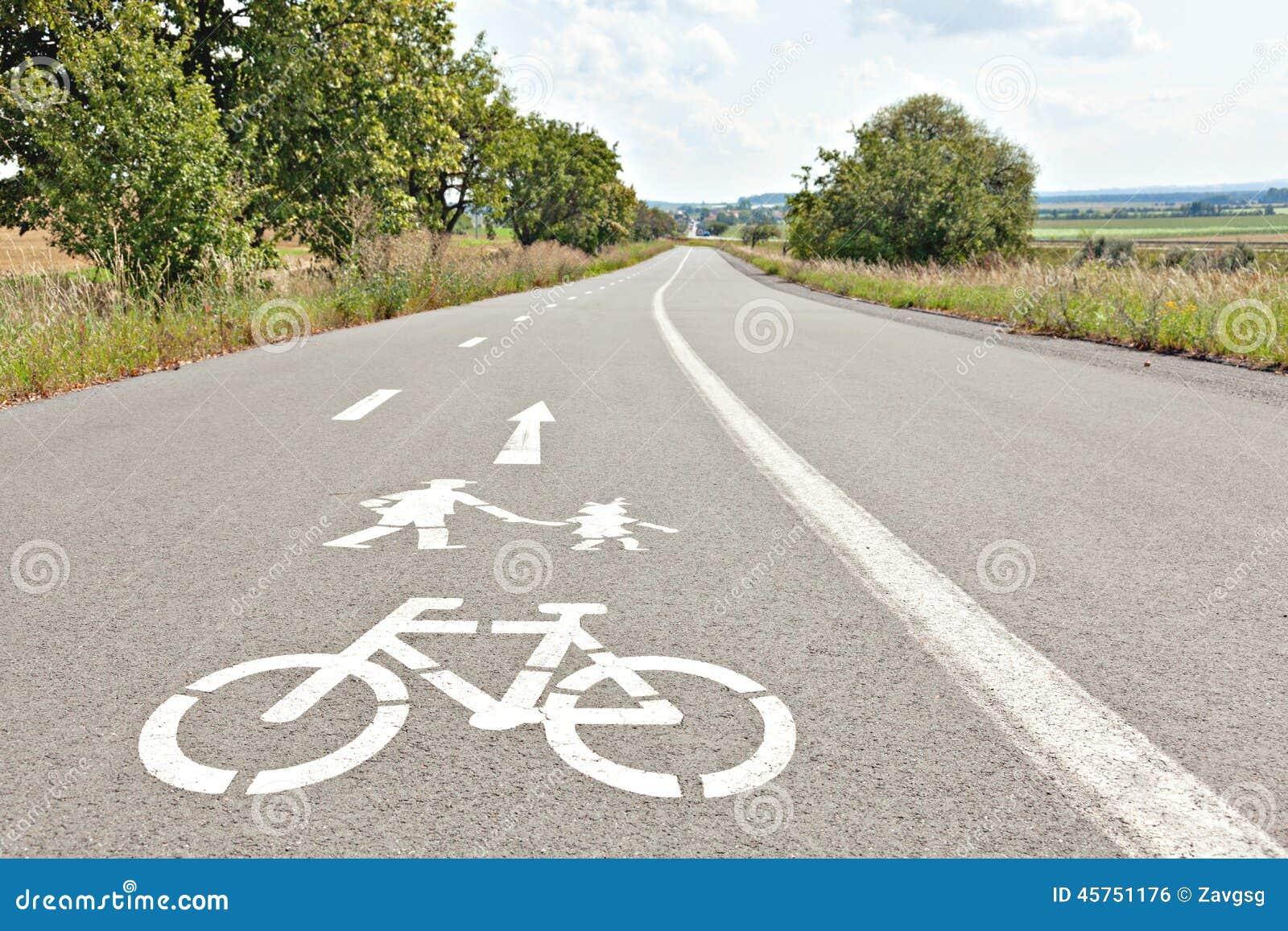 Vicolo della bici e della passeggiata Segni per la bicicletta e camminare dipinta sul