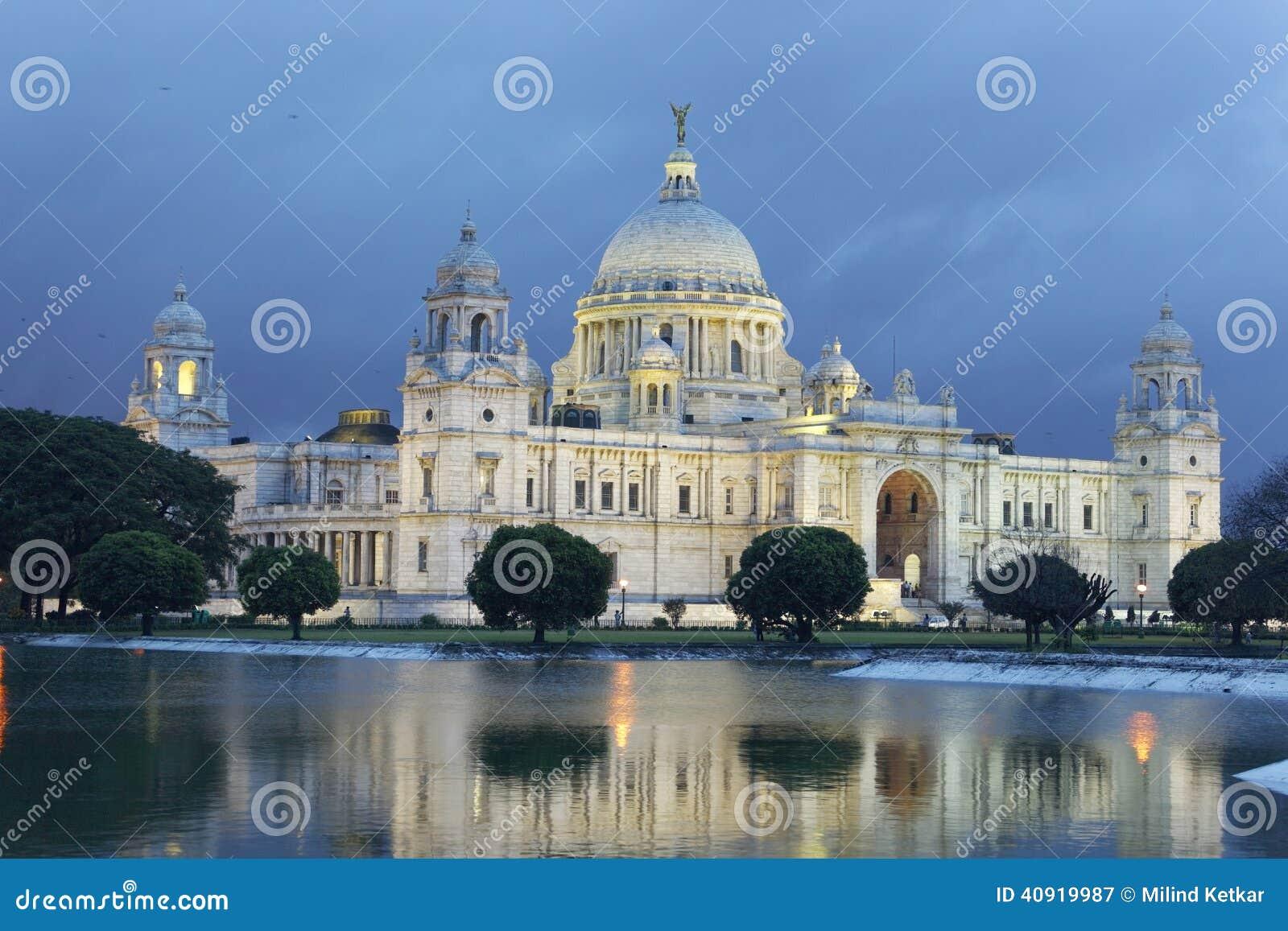 Victoria Memorial i den regniga säsongen, Kolkata, (Calcutta) Indien