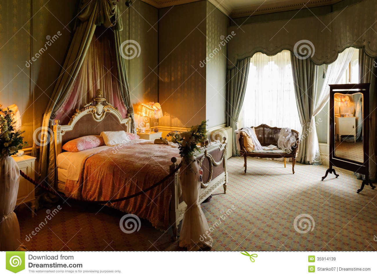 Victorian Bedroom Royalty Free Stock Images  Image 35914139