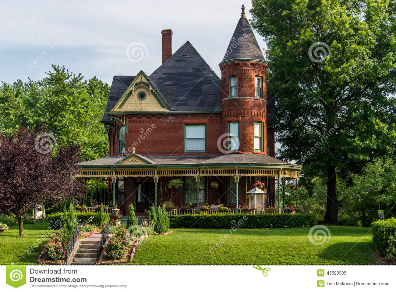 Victorian Brick Bed and Breakfast Home