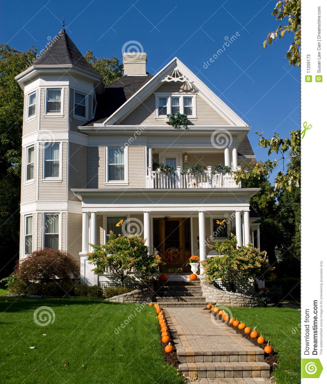 Victorian House In Fall Stock Photos Image 11209173