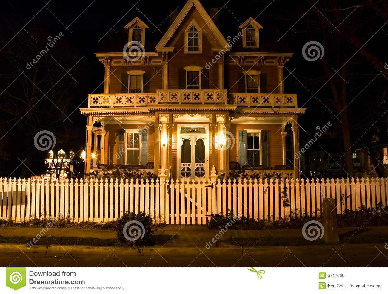 Victorian House At Night Stock Photo Image Of Nighttime 3712066