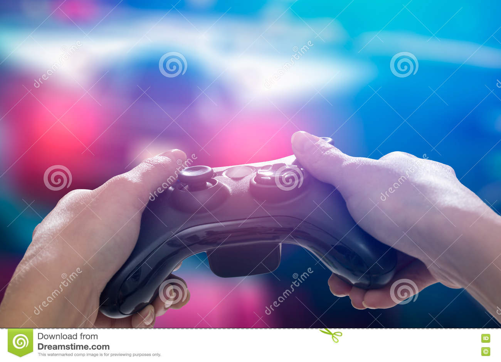 Vidéo de jeu de jeu de jeu sur la TV ou le moniteur Concept de Gamer