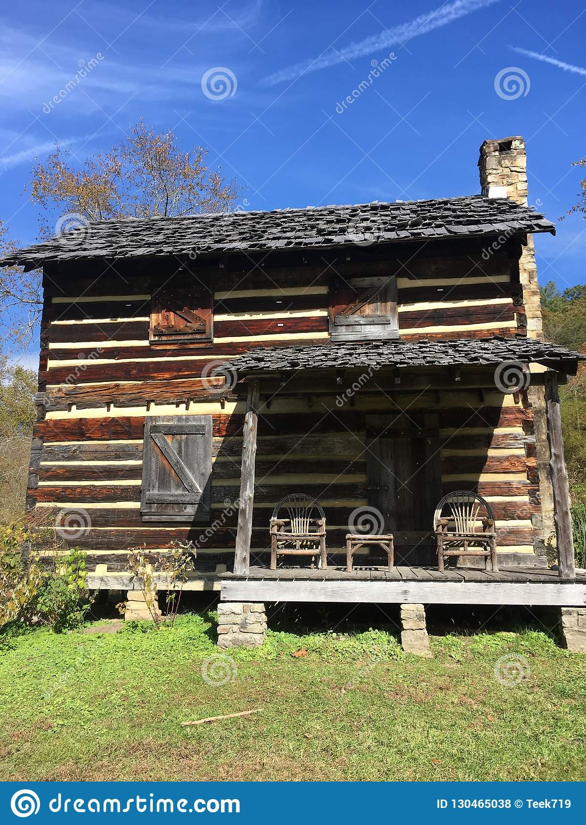Vida de la cabaña de madera