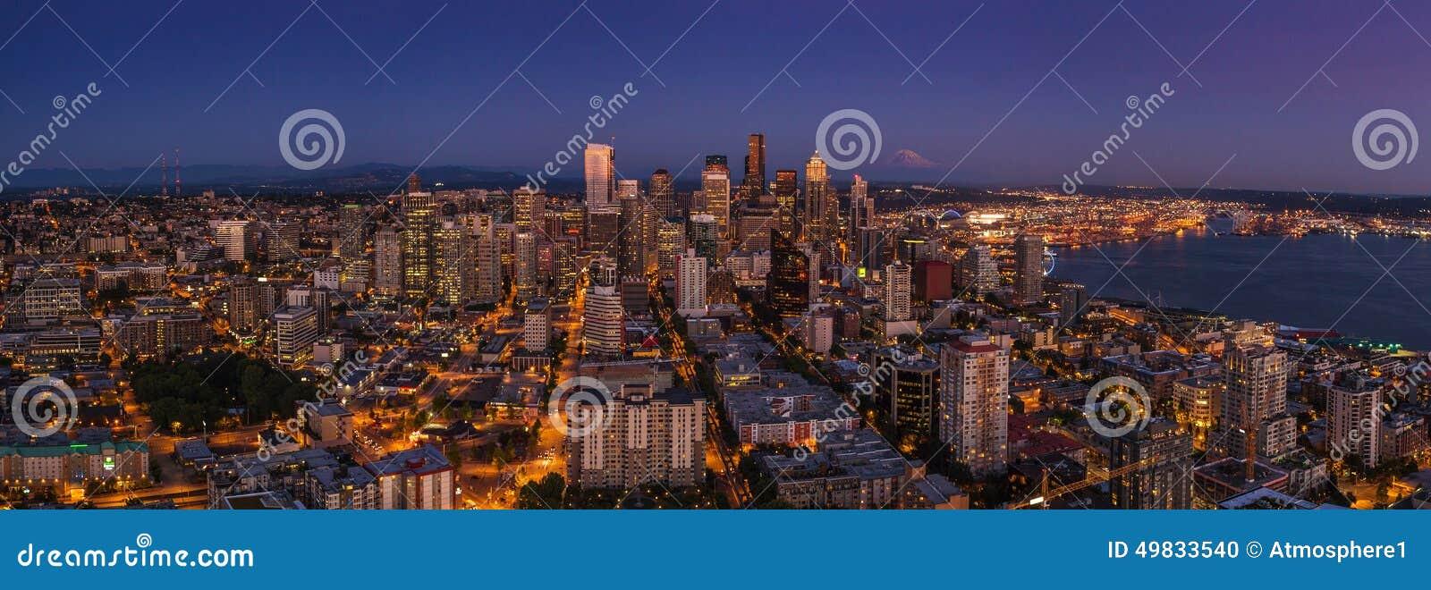 Vida Nocturna De La Ciudad De Seattle Después De La Puesta Del Sol A