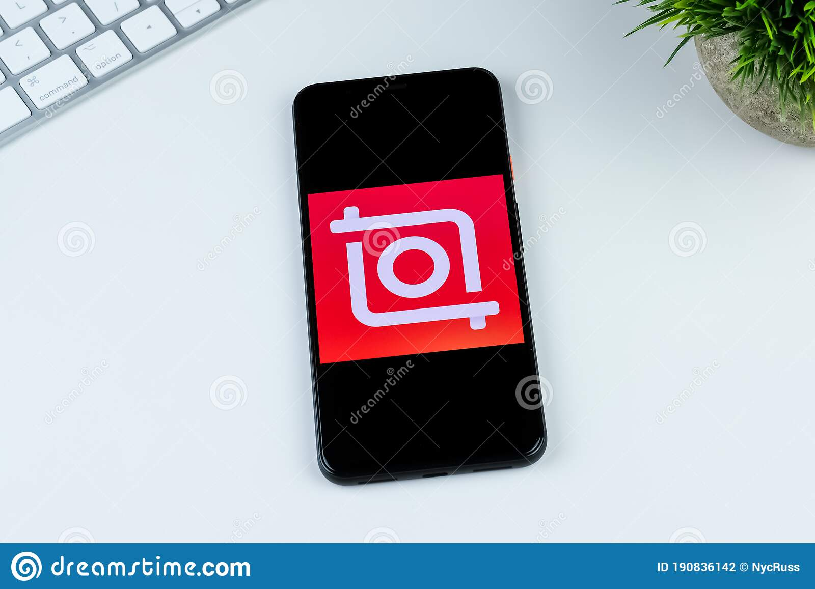 Video Editor Video Maker Inshot App Logo On A Smartphone Screen Editorial Photography Image Of Maker White 190836142
